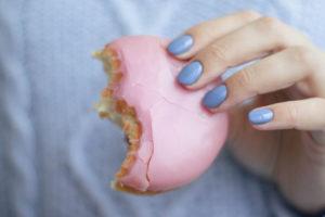 過食嘔吐が家族や恋人にバレたくない!バレない為の対策